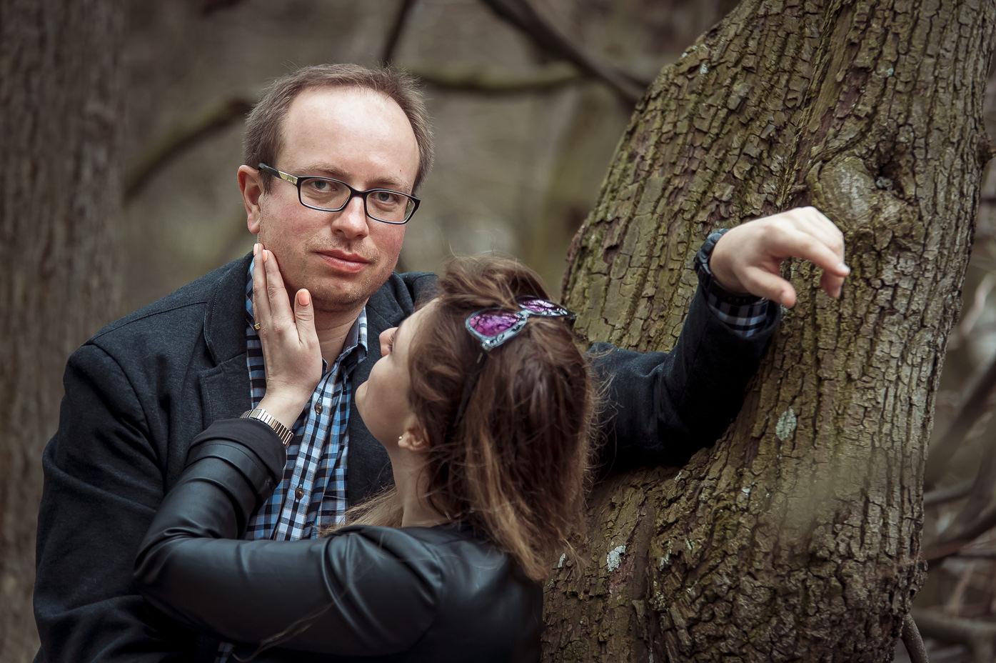 Sesja narzeczeńska w Parku Oliwskim