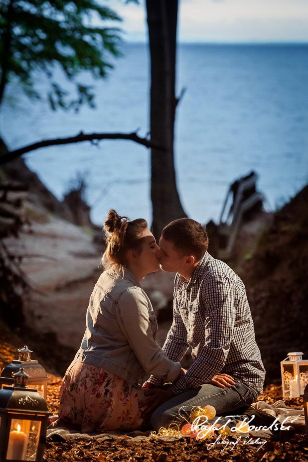 w Gdyni jest mnóstwo romantycznych miejsc nadających sie na sesje zdjęciowe zakochanych par