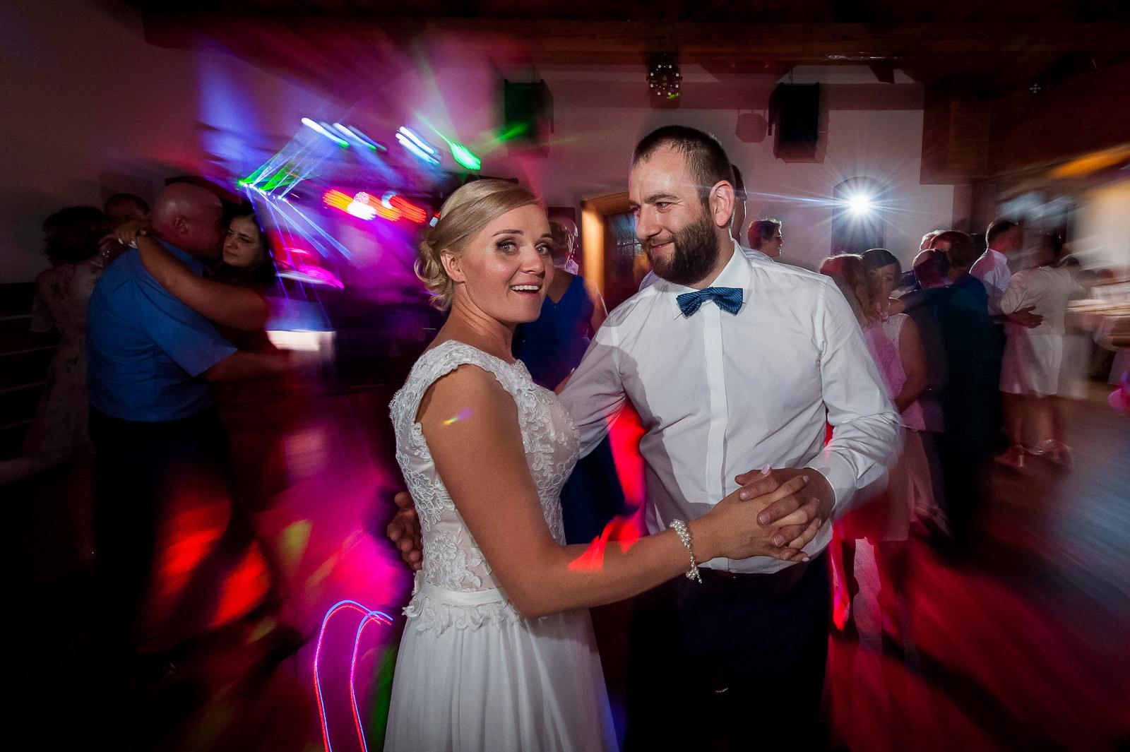 Zabawa weselna w sali bankietowej Kuźni Smaków