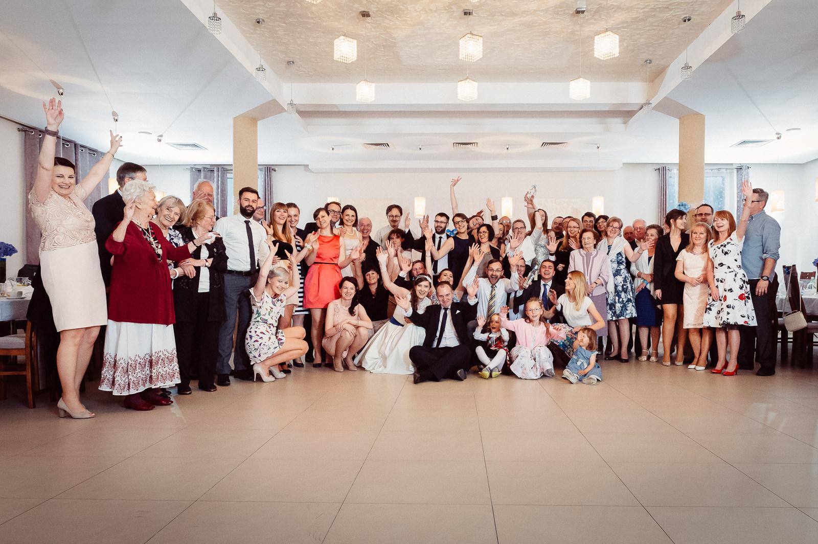 Zdjecie rodzinne na weselu Sala Bankietowa Aura