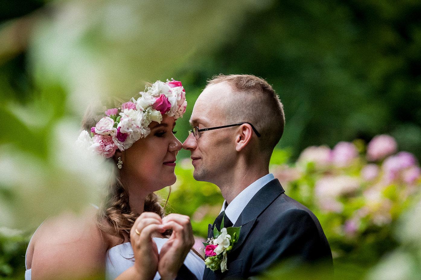 Rafał Kowalski Fotograf Ślubny opinie - romantyczny plener ślubny w parku w Wejherowie
