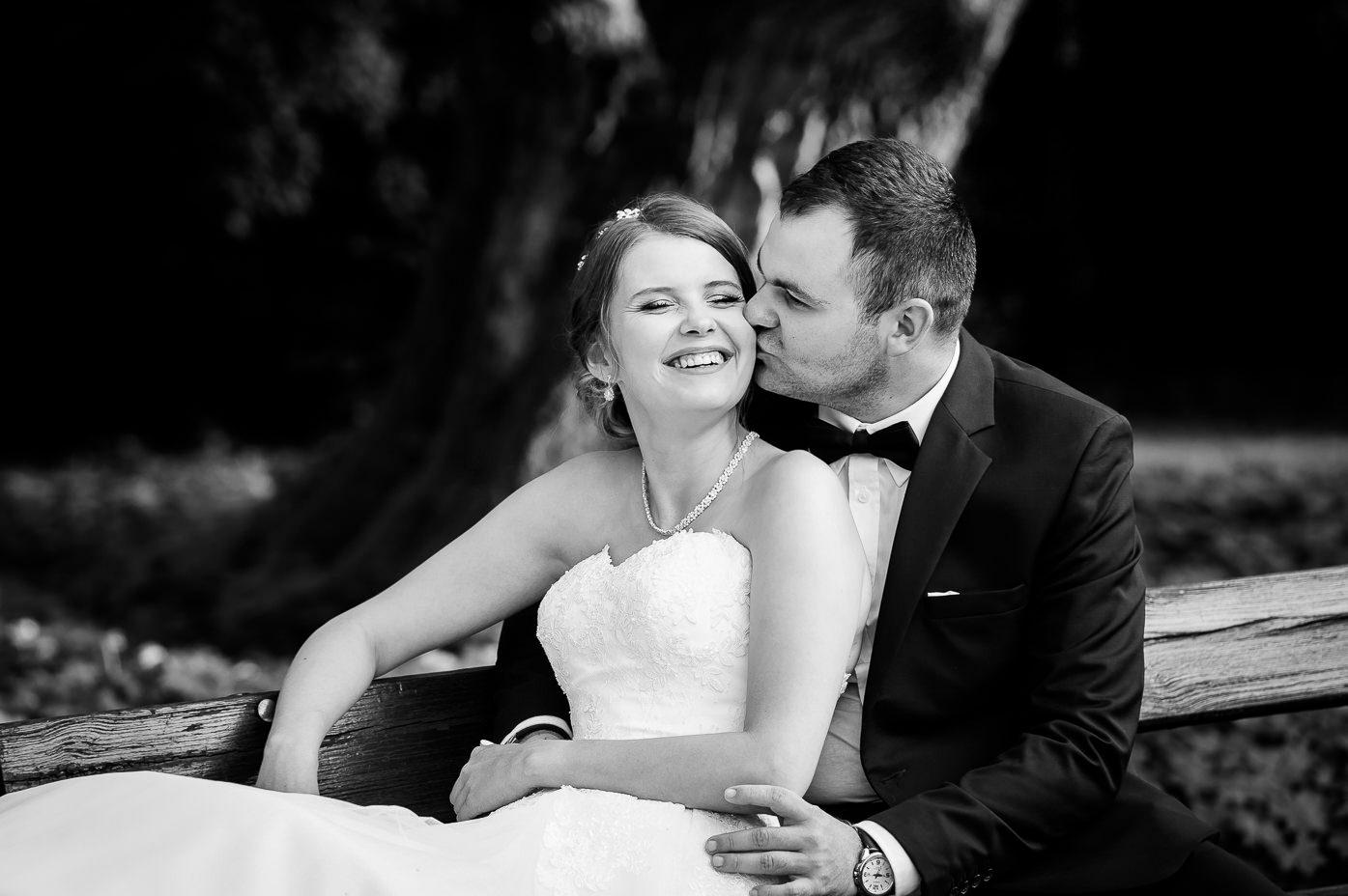 Fotograf ślubny TrójmiastoSopot Gdynia Gdynia Pomorskie - naturalne i ponadczasowe fotografie ślubne