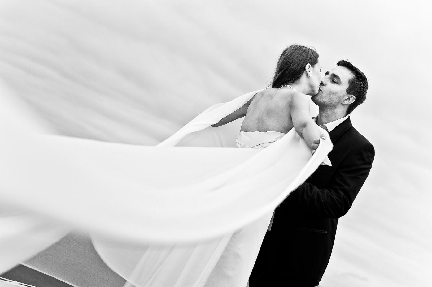 Fotograf weselny Klasyczne i ponadczasowe czarno białe zdjecia ślubne