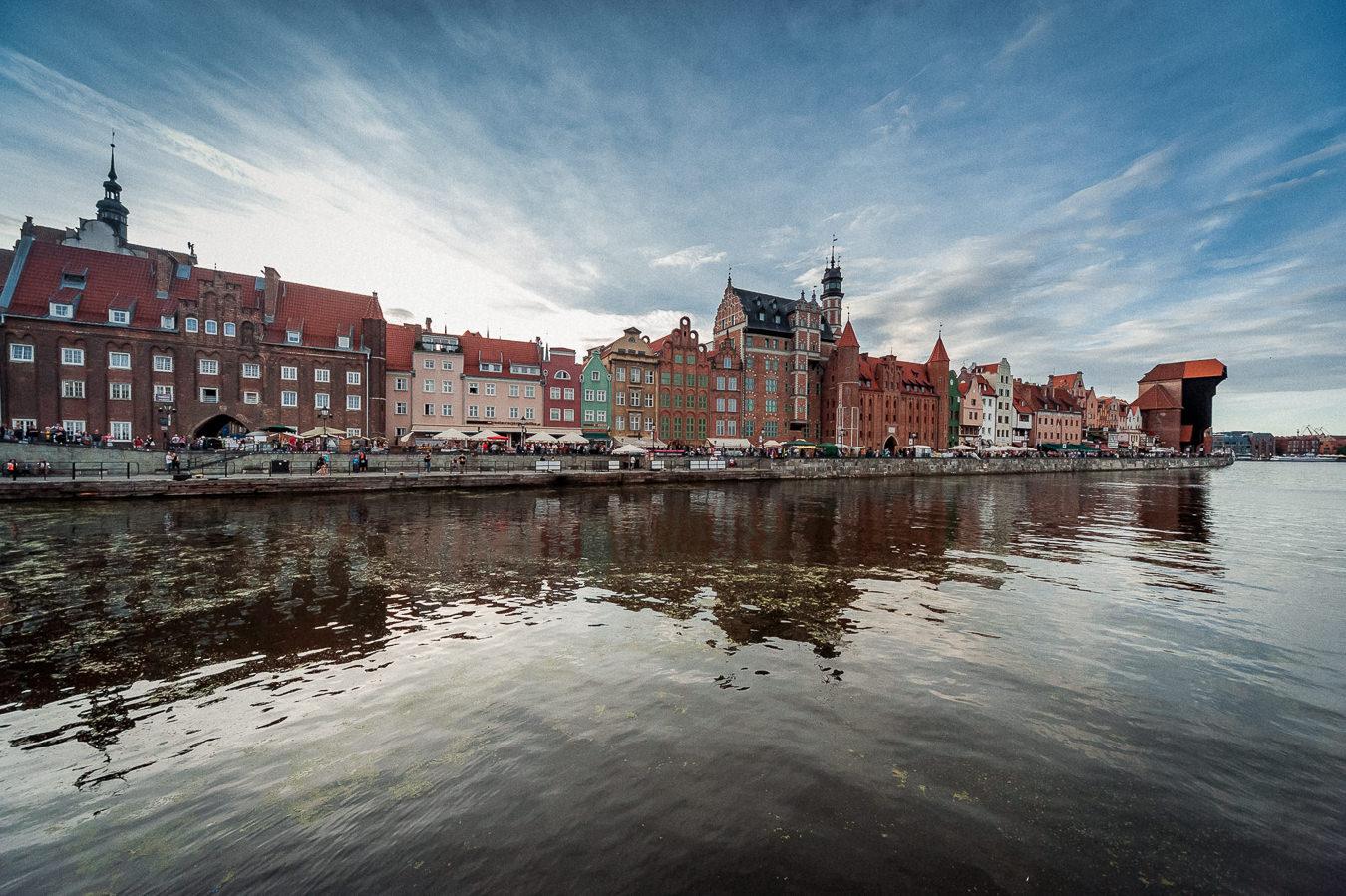 Panorama Długiego Pobrzeża w Gdańsku