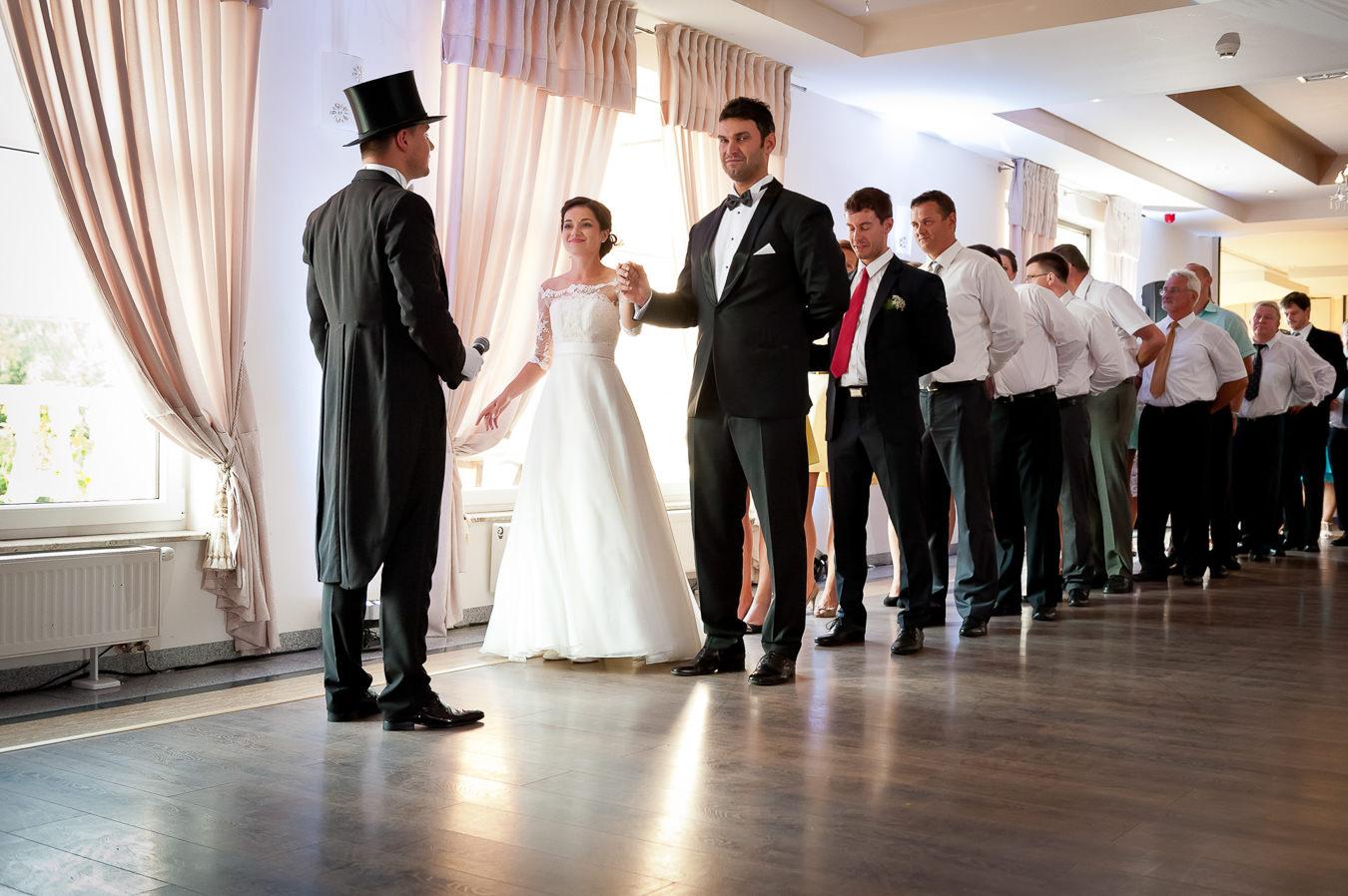 polonez na pierwszy taniec na weselu